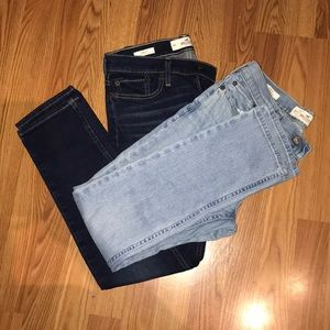 2 pairs of Hollister skinny fit jeans.